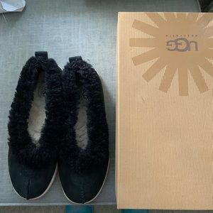 Gently used Ugg size 8 bomber slippers